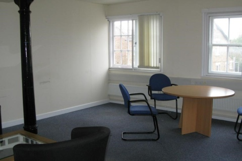 Office suite 6 pic 1